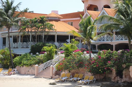Coco Reef Tobago: Restaurant