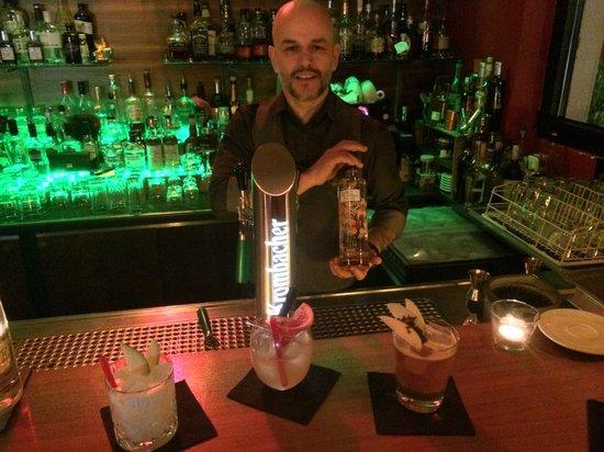 O-Ton Bar: Frankfurt, Germany