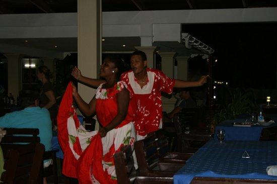Berjaya Praslin Resort - Seychelles: soirée séga !!!