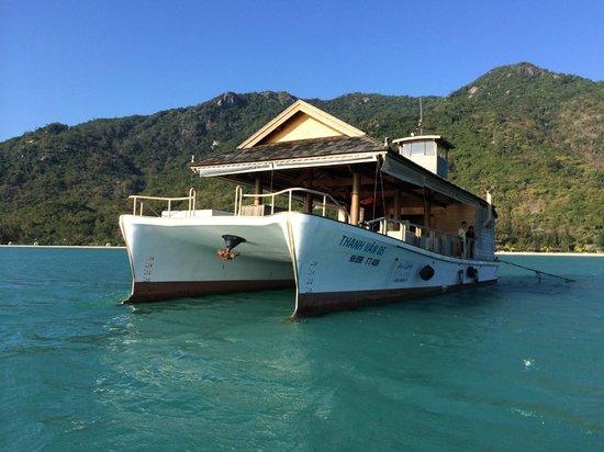 L'Alyana Ninh Van Bay: Catamaran