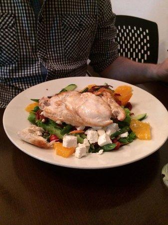 Westshore Beach Inn: Chicken and feta salad