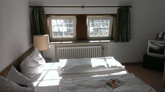 Maritim Hotel Schnitterhof: Bed
