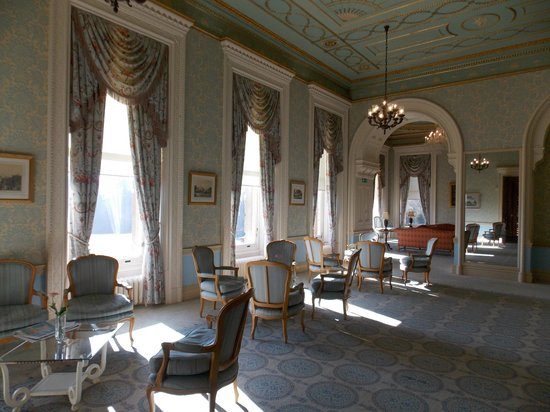 Heythrop Park Resort: Sitting room in the hotel