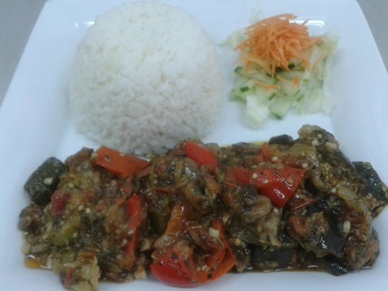 L'Asiate Cafe & Catering: Ratatouille, Aubergine, red pepper, zucchini, tomato, onion, garlic and Provencal herbs