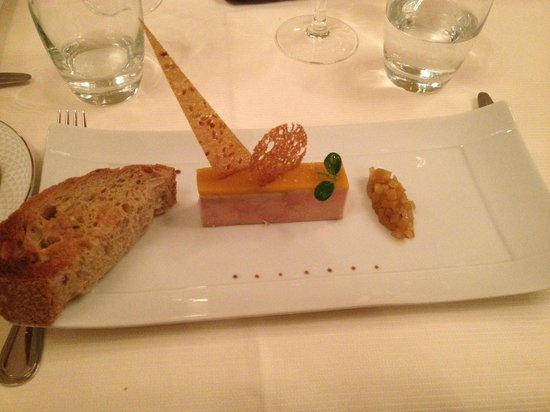 Tiara Chateau Hotel Mont Royal Chantilly : Foie gras & mangue