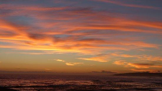 138 Marine Beachfront Guesthouse : Nach dem Sonnenuntergang 1. März 2014