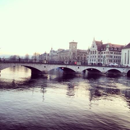 Altstadt: waterfront
