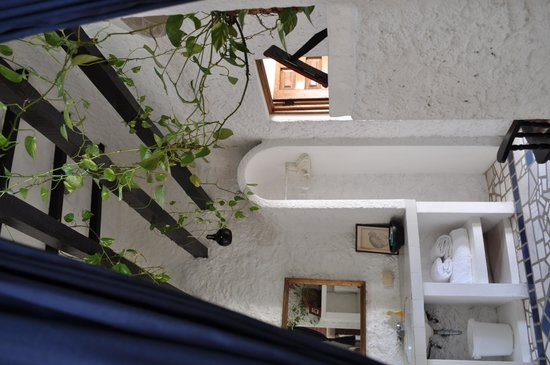 Casa Dulce Vida: Casa 4 master bathroom