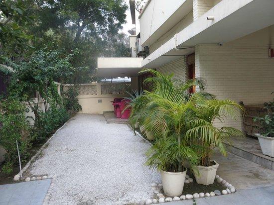 Haveli Hauz Khas : garden