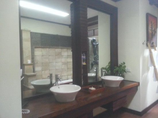 Bali Dream Suite Villa : washroom