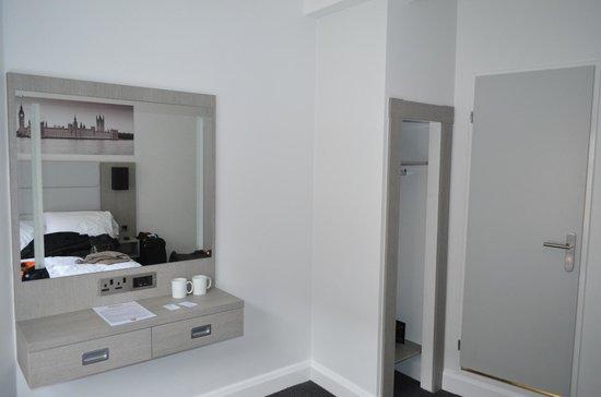 The Omega Hotel: Room 10