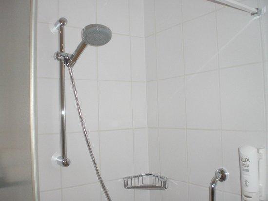 Bes Hotel Bergamo West: bagno