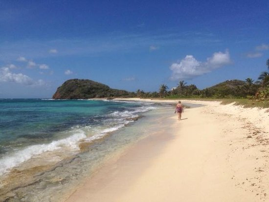 Palm Island Resort & Spa: Almost deserted beaches
