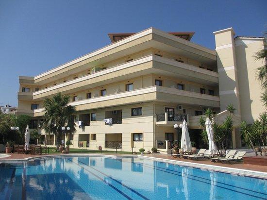 Hotel Kissamos : Vue de l'hôtel