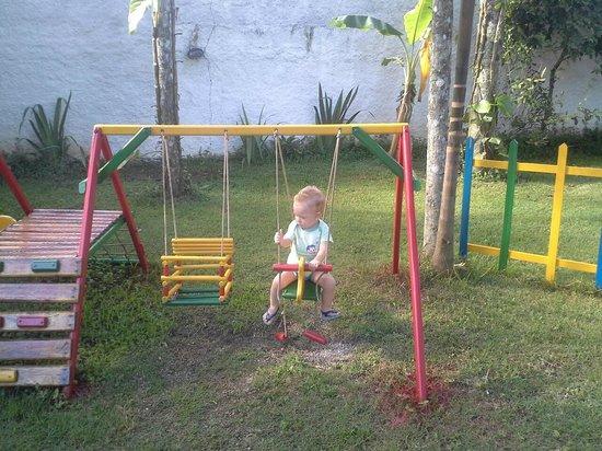 Aquamarine Pousada e Chales: Parquinho para as crianças