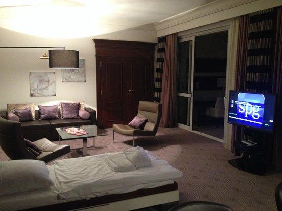 Le Meridien Stuttgart: Living room