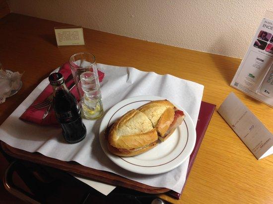 Hotel Vegas Altas: servicio de habitaciones