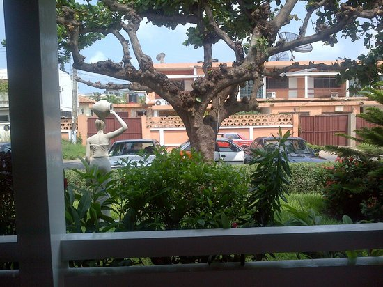 Gye Nyame Hotel: View from the terrace