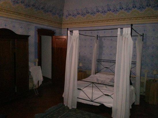 Antico Casale di Montegualandro Spa: Camera da letto