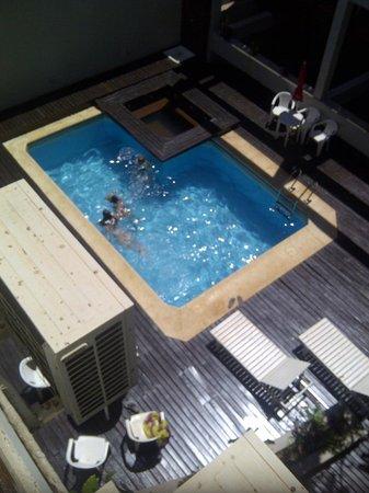 Yreta Apart : Pileta y solarium
