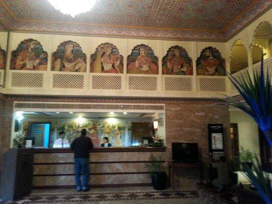 Vesta Maurya Palace : reception