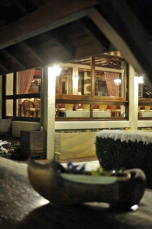 La Villa des Fleurs: Vue extérieure sous la neige