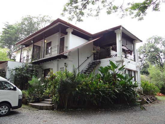 Basaga Holiday Residences: Main building