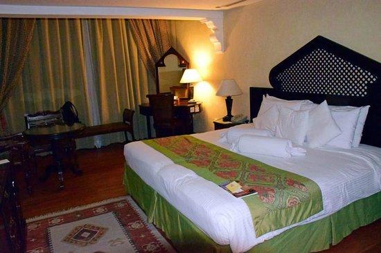 Arabian Courtyard Hotel & Spa: unser Zimmer