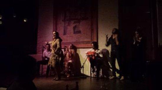 El Tablao de Carmen : 迫力ある踊り
