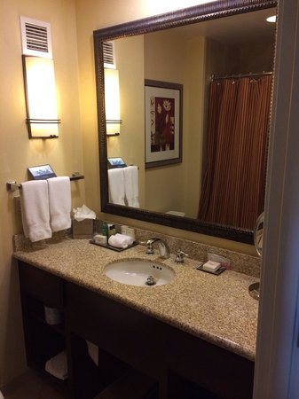 Hilton Phoenix Chandler: Upgrade Room III of IV