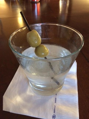 Hilton Phoenix Chandler: Executive Lounge, Blue Sapphire Martini