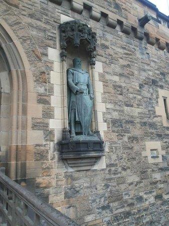 Edinburgh Castle: Уникальная крепость