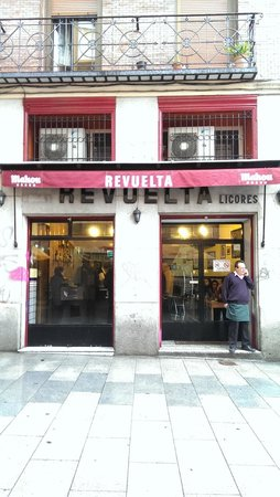 Casa Revuelta : Fachada