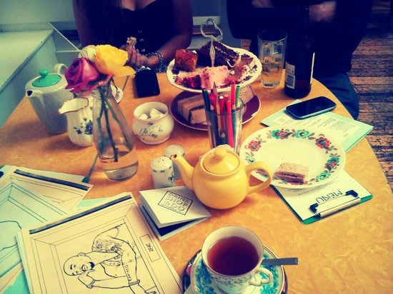 Drink Shop & Do: Afternoon tea and colouring in