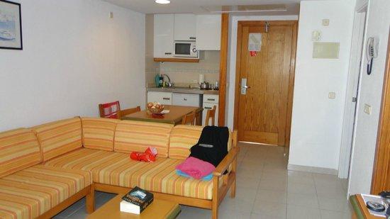 Universal Aparthotel Elisa: Apartement - Küchenzeile
