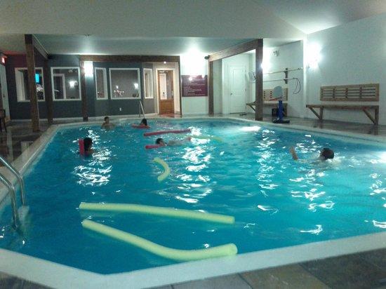 Auberge du Lac Morency: pool