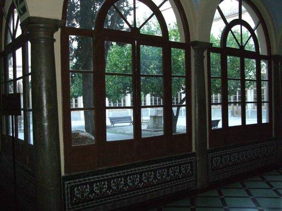 Macia Monasterio Los Basilios: 中庭