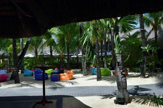 Canonnier Beachcomber Golf Resort & Spa: Bar