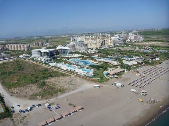 Baia Lara Hotel: Blick vom Gleitschirm auf die Hotelanlage
