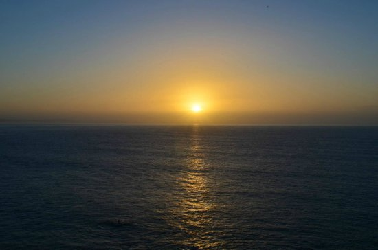 Hannafore Point Hotel: Sunrise from our room, top floor balcony