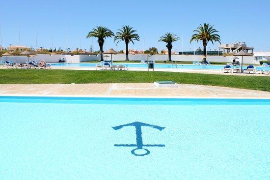 Ancora Park: Swimming Pool area
