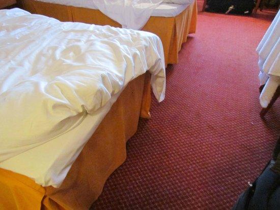 Scandic Tromso: quarto 303 e o carpete de tecido que só era limpo quando solicitado .