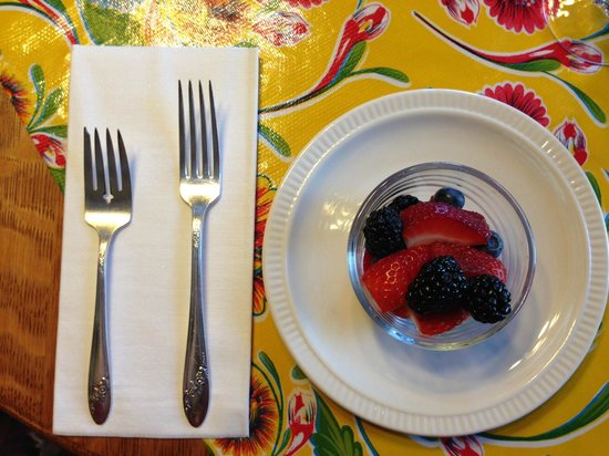 Moondance Inn: Breakfast