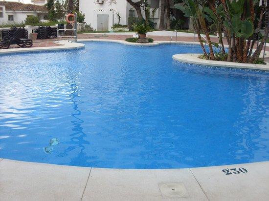 Royal Oasis Club at Pueblo Quinta: swiming pool