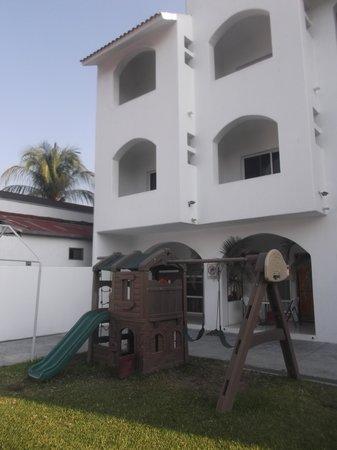 Hotel Alikar: Aire de jeu.