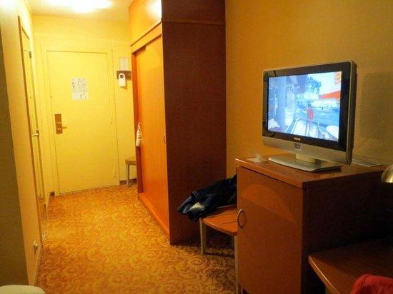 Hotel Acces: espace chambre parfait
