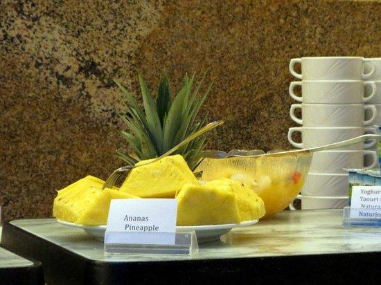 Hotel Acces : Ananas frais extra,,,,