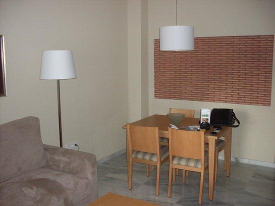 Royal Oasis Club at Pueblo Quinta : living room