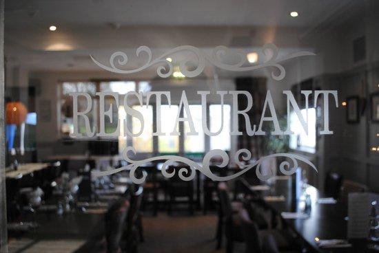 The Bell: Restaurant