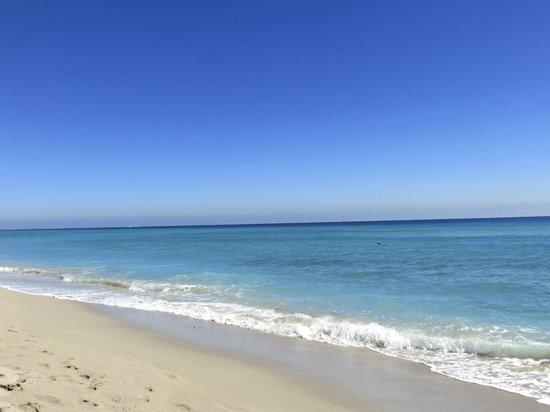 Days Hotel - Thunderbird Beach Resort : la mer de Miami